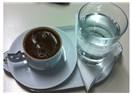 Çek... Bir sade kahve!