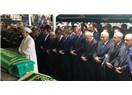Cenaze namazı arka sırada kabul olmuyor mu?
