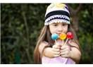 Çocuklara Şeker Vermeyin Deniliyor; Şeker Zaten Çocuk İçin, O Zaman Hiç Üretmeyin