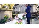 İbrahim Kalın'ın Ahmet Kaya'nın Mezarını Ziyaretine Anlamlı Ziyaret Denilmiş, Bence Ne Alaka Ziyaret
