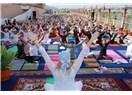 Rişikeş ve Uluslararası Yoga Festivali