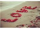 Varlığına Âşık Gönlüme Neden Düştün Söylesene Aşk!