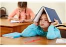 Veledşahi Bir Aile Yapısı  İçinde  Yetişen Çocuklar Ders Başı Yapıyor