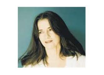 Hüznün ve aşkın bestekarı; Eleni Karaindrou