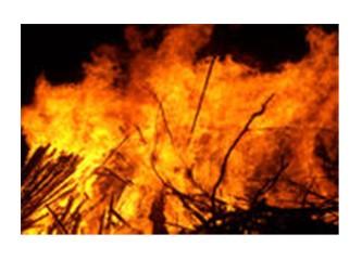 Yangınlar devam ederken...