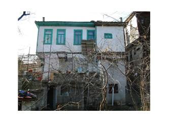 1977 Bükreş depremi İnebolu'da ahşap evimizi sarsmıştı