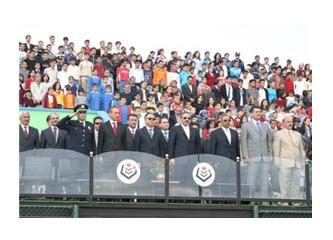 Esenler belediye Başkanı Mehmet Öcalan ve Esenler Kastamonu Kentyıldızspor Kulübü