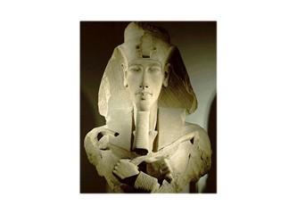 Akhenaton ve tek Tanrı inancı