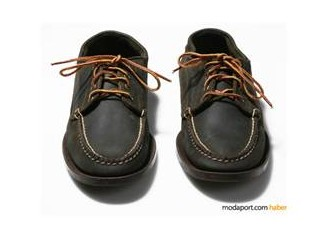 Bağcıklı, klasik kesim bir ayakkabı, lütfen