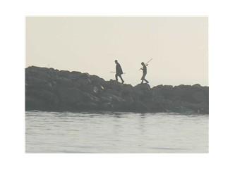 İki balıkçının silueti