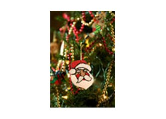 Yılbaşı ağacı süslemenin, Noel Baba'ya inanmanın kime ne zararı var?