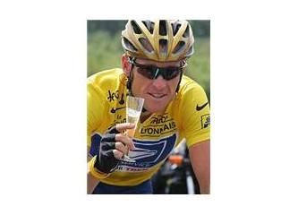 Efsane bisikletçi: Lance Armstrong