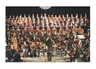 Senfonik konser