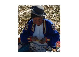 Titikaka Gölünün Yüzen Adalarında Yaşam - Uroslar