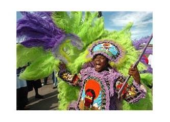Öpüşme festivali ve Mardi Gras