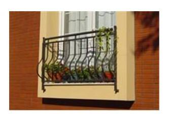 Kaçmasın diye balkon demirlerine bağlardım orucumu