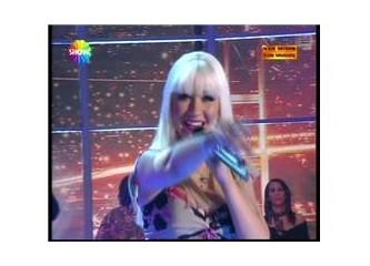 """Christina Aguilera'nın konuk olduğu """"Var mısın Yok musun?""""da perde arkasında neler yaşandı?"""