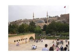 Yanarken Türkiye'm