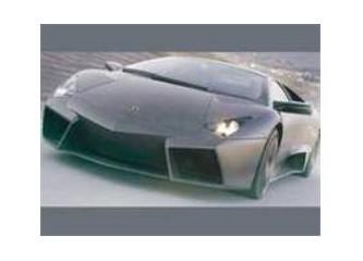 Lamborghini Reverton ister misiniz?