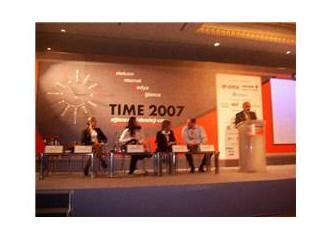 TIME 2007-3 Milliyet Blog yazarları paneli