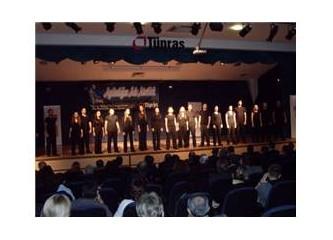 Bir oyun izledim adı :''Aydınlığın adı Atatürk...''