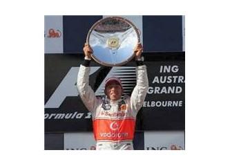Formula 1 - Sezonun ilk yarışı start aldı.