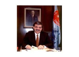 Türkiye Cumhuriyeti Devletinin 11. Cumhurbaşkanı Abdullah Gül Seçildi