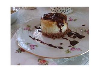Kızarmış Armutlu Pastalar