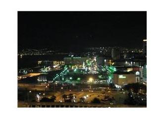 Dertsiz adam ararım şehr-i İzmir'de