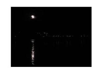 Gece konuşunca insanlar susar…