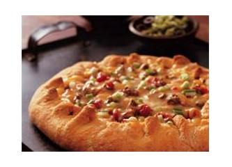 Milföylü yuhka pizza