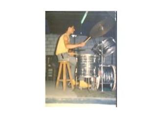 Askerim Ama Müzisyenim (1)