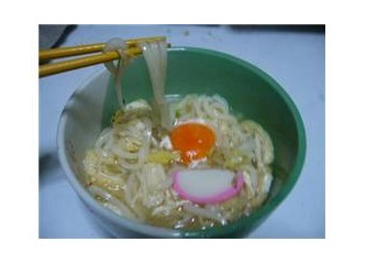 """Büyük küçük herkesin sevdigi bir yemek """"Udon"""""""