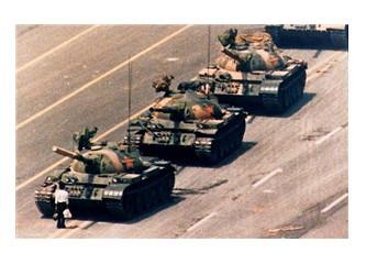 Demokrasi ve sömürgeleşme... (3)