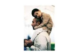 Babaların evlâtlarıyla diyalog kurması zor(mu)dur
