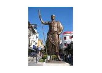 Antalya'nın Kalekapısında Attalos muhabbeti