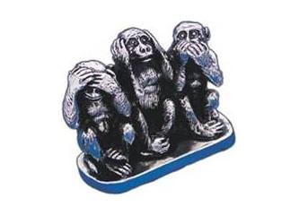 Üç maymuna başka türlü