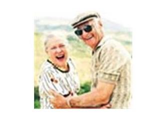 Yaşlılarımıza nasıl davranmalıyız?