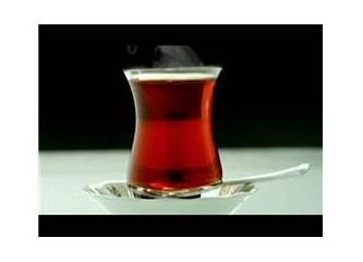 Üç çay birisi açık !
