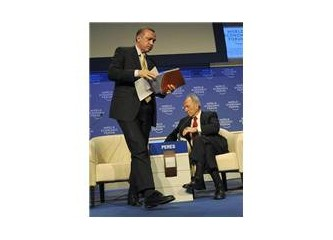 Davos'da Erdoğan'ı İngilizce Kurtardı