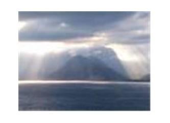 Sevgi yüklü bulut