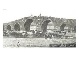 Geçmişe köprü (Ak Köprü)