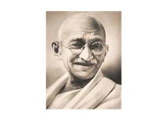 Gandhi: Bir Öz yaşam öyküsü
