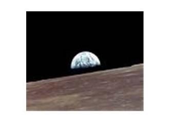 Ay'da yansıtıcı üssü ne zaman !