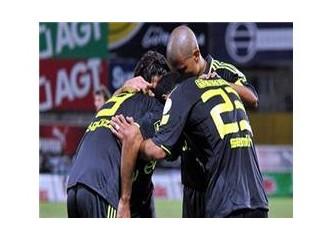 Fenerbahçe Alex ile geleceğini yazıyor.