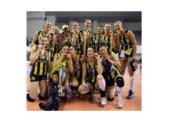 Voleybolda yeni slogan; Fenerbahçe yenilmez!