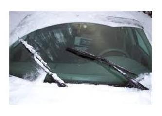 Yağmurda araba kullanmanın püf noktaları...