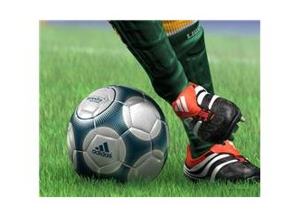 Futbol spor değil artık top oyunu