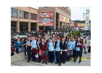 Tüyap Kitap Fuarı, İstanbul Kitap Kurtları