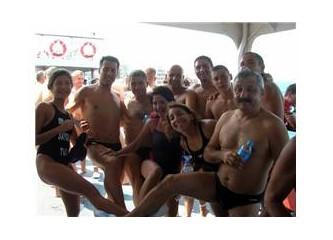 30 Ağustos 2010 Çanakkale Boğazı'nı yüzerek geçme yarışı tamamalandı